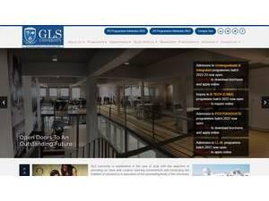 G.L.S. University's Website Screenshot